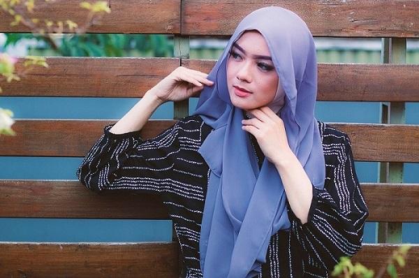 Hijab menjaga aurat kaum hawa
