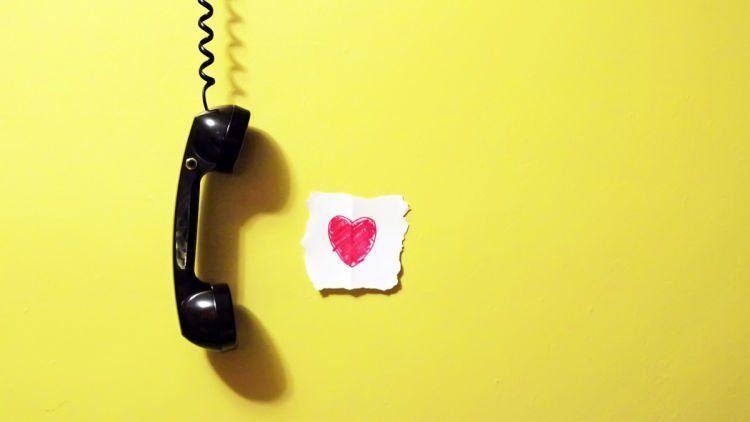 Via telepon~