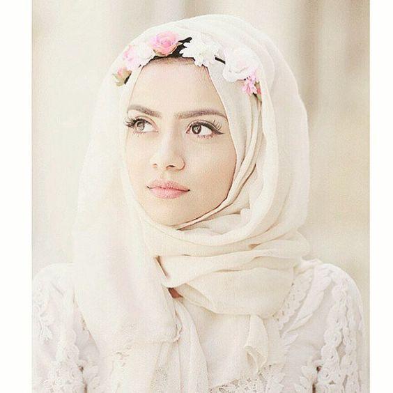 senada dengan warna hijab