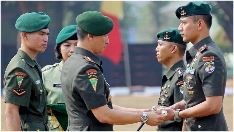 mayor-inf-agus-harimurti-yudhoyono-saat-serah-terima-jabatan