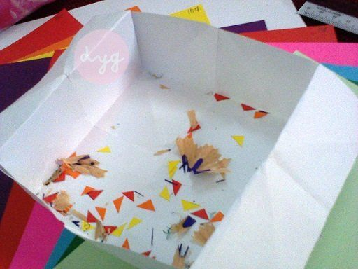Kalau disimpan dalam buku nanti jadi kupu-kupu