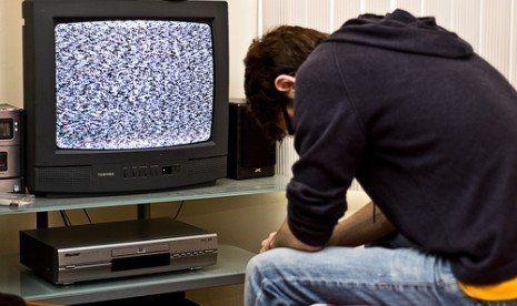 Kalau TVnya begitu kan ya emosi