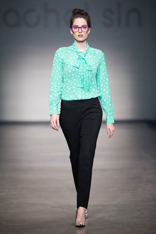 blouse + celana ketat