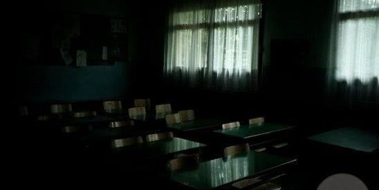 sekarang sekolah mana sih yang nggak berhantu? #ehh