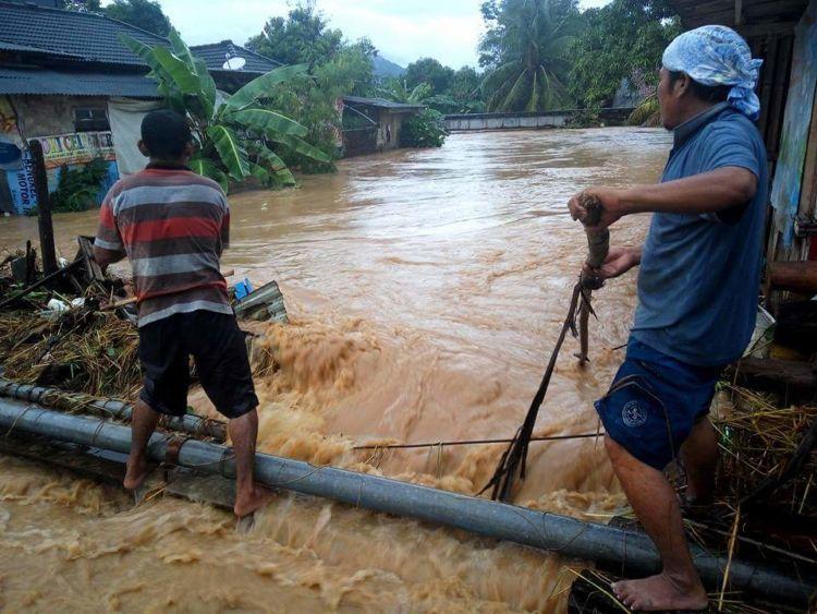 Bahaya masih mengancam wilayah pesisir barat Banten.