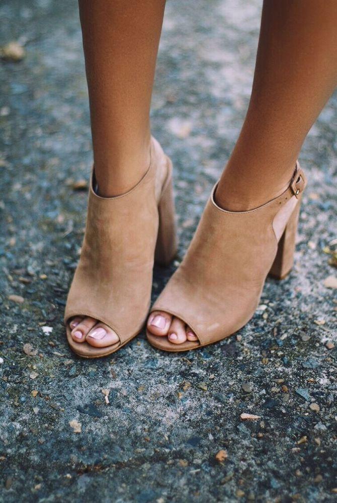 cantik banget di kakimu.
