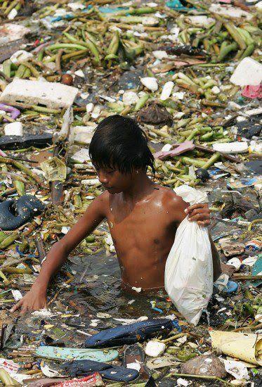 hal kaya gini bisa terjadi dimana-mana, sampah sudah merajalela