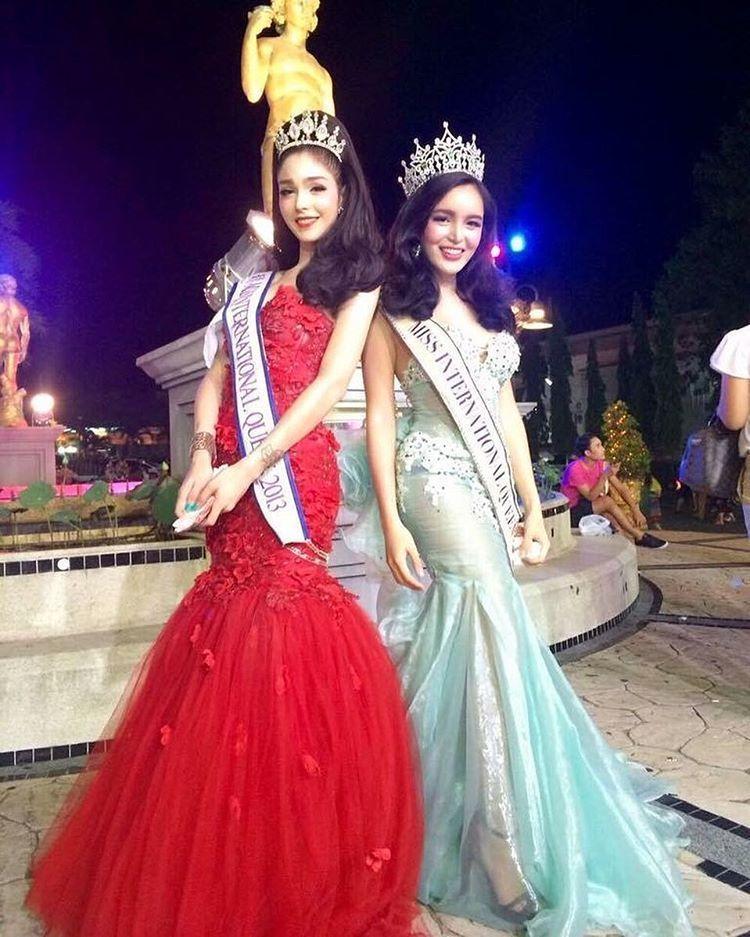 Bersama temannya, Trixie M dari Filipina.