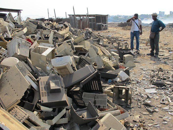 Meski dikubur pun, sampah elektronik sama berbahayanya.