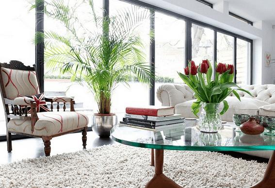 Hiasan Bunga Di Ruang Tamu Minimalis Dan Klasik Via Http Rumahminimalisok