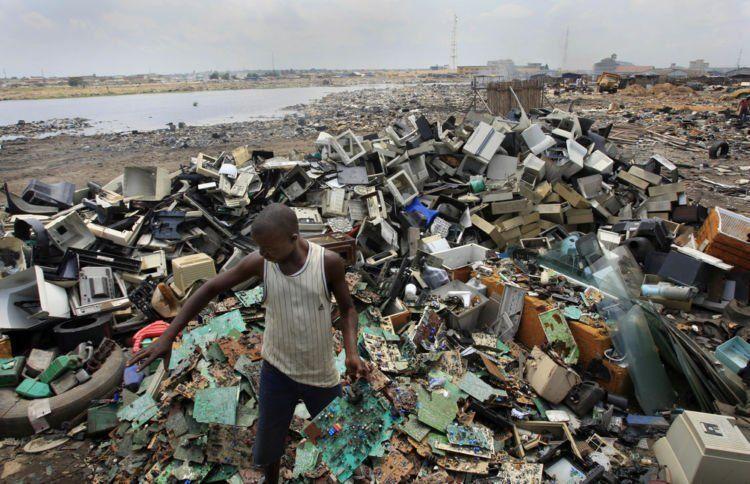 Sampah elektronik di dunia begitu menggunung jumlahnya!