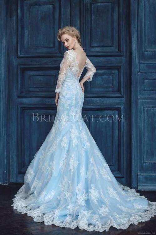 20 Inspirasi Gaun Pernikahan Yang Gak Berwarna Putih Agar