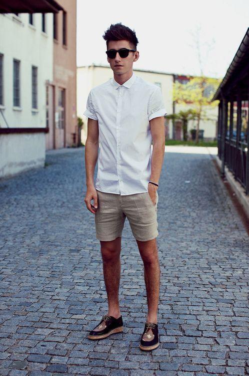 Kemeja Putih Celana Pendek