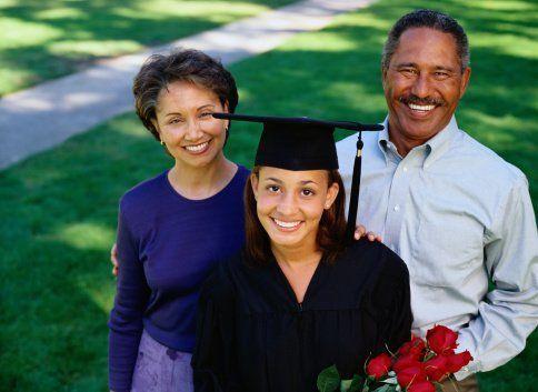 Masih mengandalkan beasiswa dari orangtua.