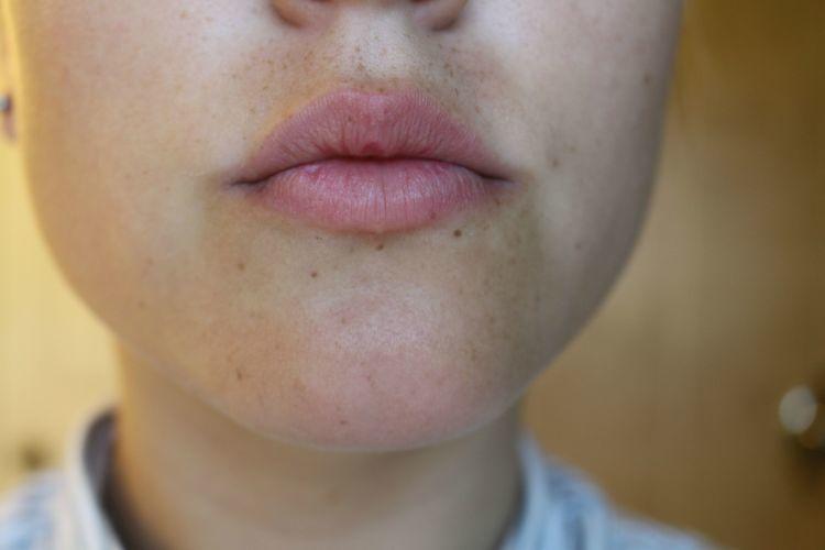 jauh-jauh deh bibir kering