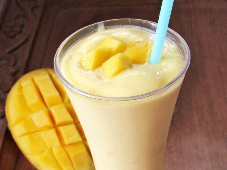 Milkshake Mangga buat dessert juga