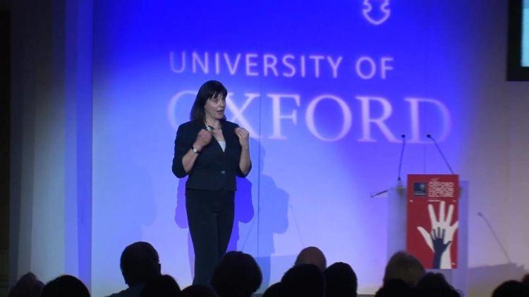 Meski disiplin, para dosen di kampus-kampus Inggris cukup terbuka kok.