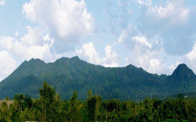 Gunung Kawi seperti putri tidur