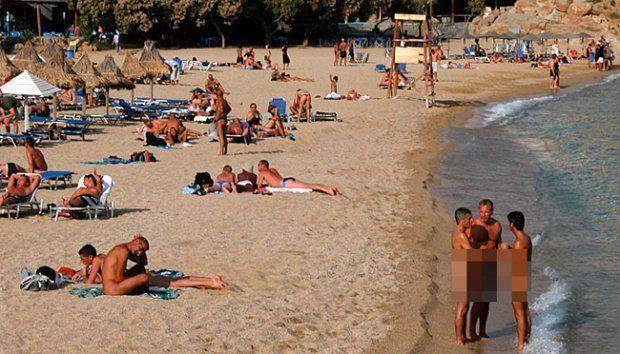 satu hal yang harus dicamkan, pantai nudis bukan tempat memuaskan hasrat seksual