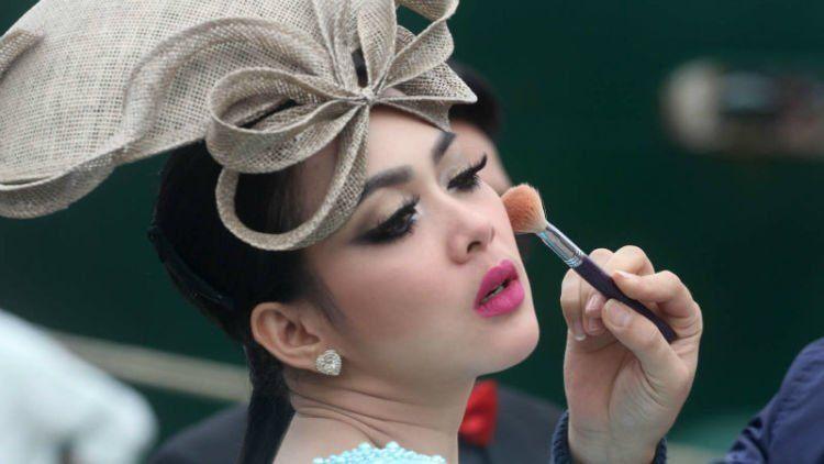 Penampilan glamour Syahrini