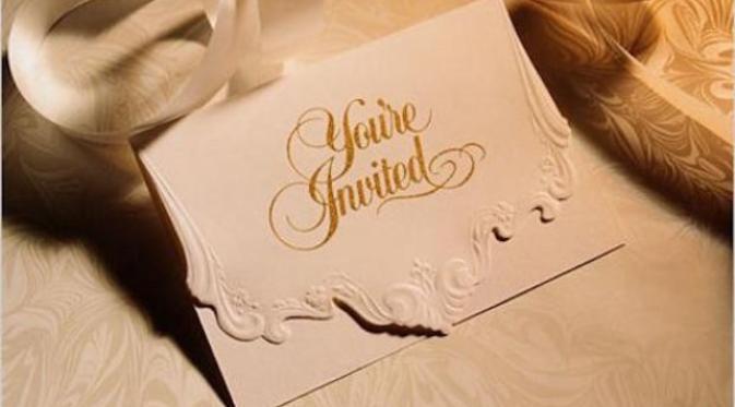 undangan dari mantan? >.<