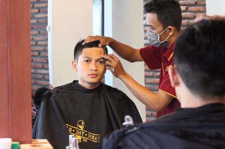 barber tepat, tampan berlipat