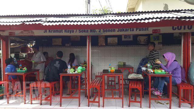Salah satu kedai Coto Makassar.