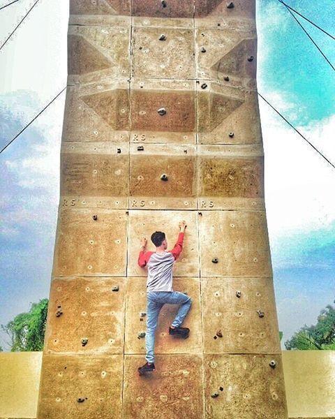 wall climbing di Lapang Bakti