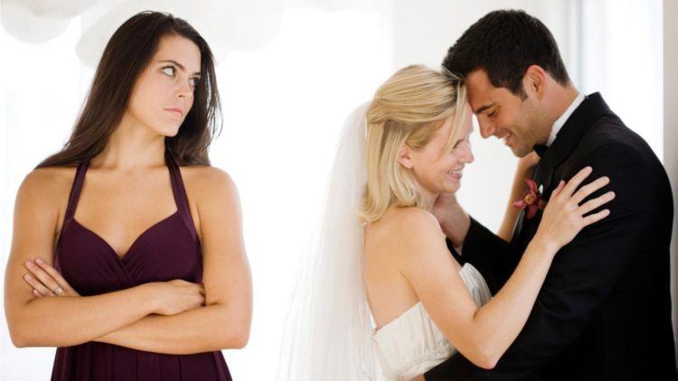 kamu juga akan menikahh pada waktunya.