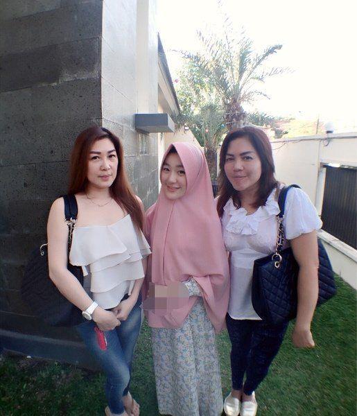 bersama ibunda dan kerabat ;)