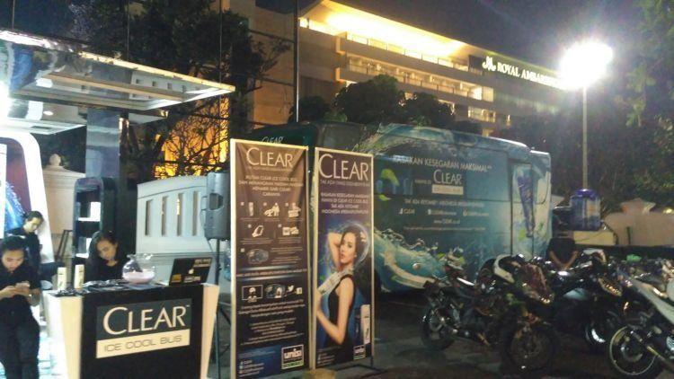 Sekilas dari CLEAR Ice Cool Bus