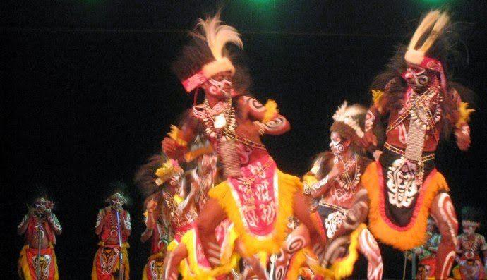 5 Tradisi cari jodoh terunik di Indonesia, masih ada hingga kini