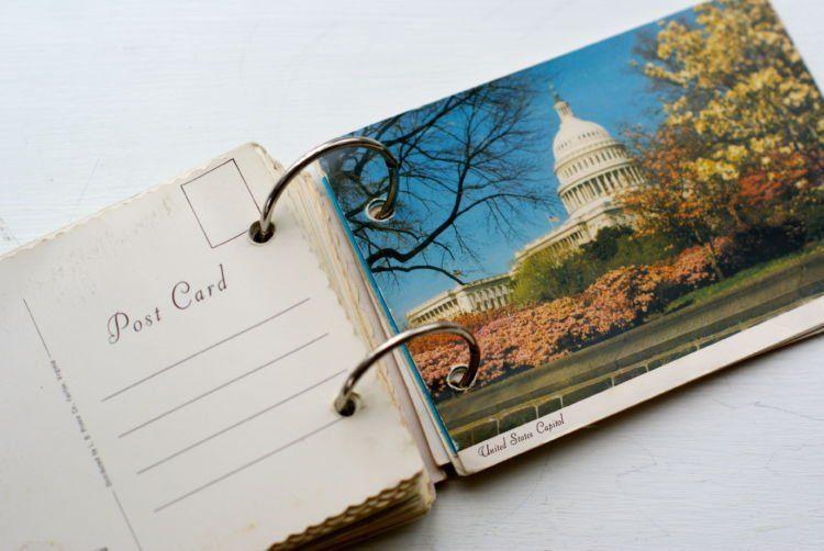 Biar bisa ngoleksi kartu pos cantik kaya gini.