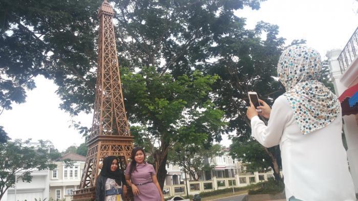 karena Eiffel hadir di Bumi Pertiwi, luar biasa ya