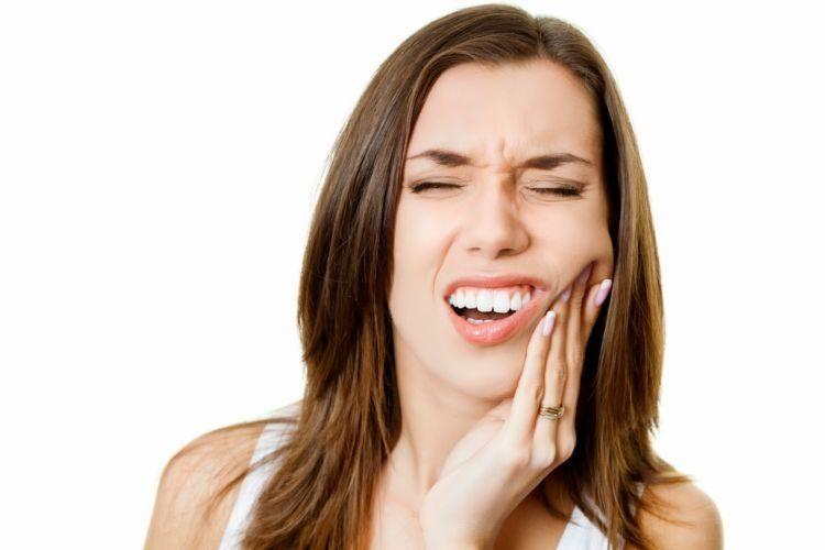 mending kehilangan gigi atau kehilangan dia?
