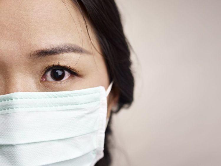 kenakan masker ketika di luar ruangan