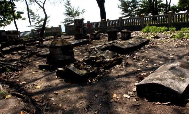 Pemakaman di Pulau Onrust