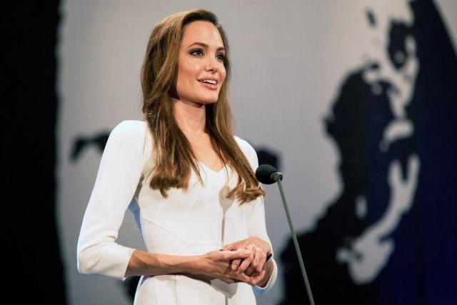 Angelina Jolie jadi dosen tamu di London School of Economic!