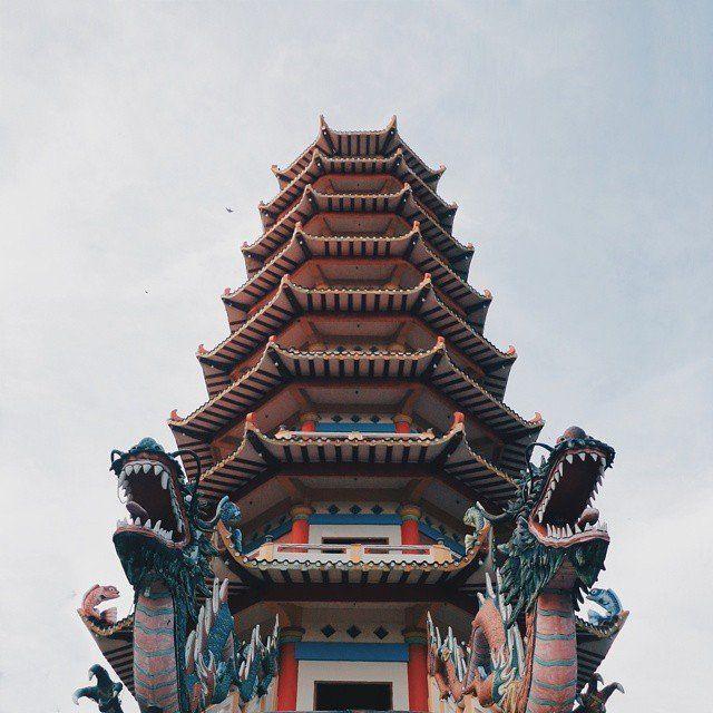 pagoda di pulau