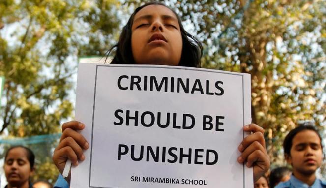 yang sering jadi korban perkosaan di sana ialah perempuan kasta rendah