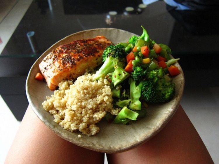 Batasi porsi makan