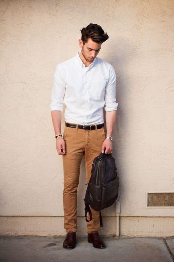 tampilan aman untuk kantor manapun; kemeja putih, celana bahan, sepatu loafers