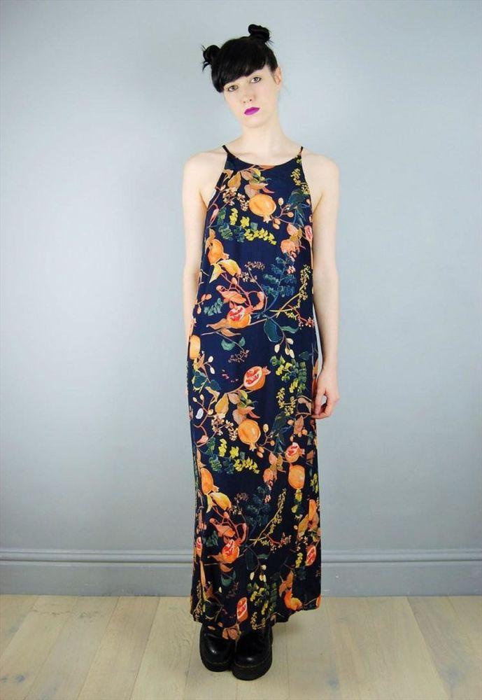 dress panjang.