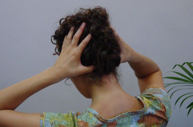 nyeri belakang kepala