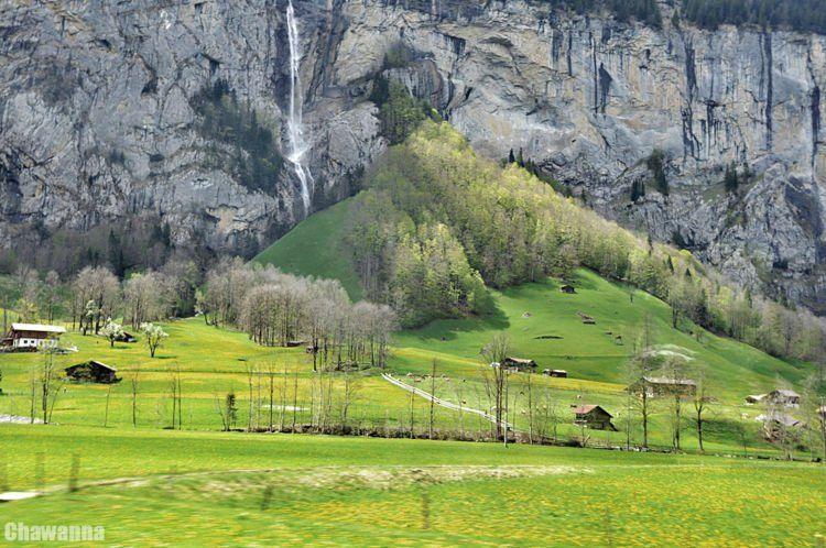 tuh air terjun yang paling indah, Air terjun Staubbach