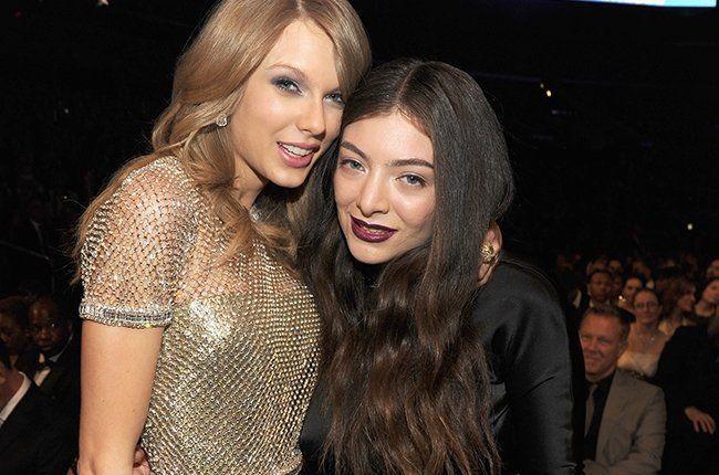 padahal lorde masih 19tahun, tapi ko terlihat lebih tua dari Taylor yang 26tahun ya?