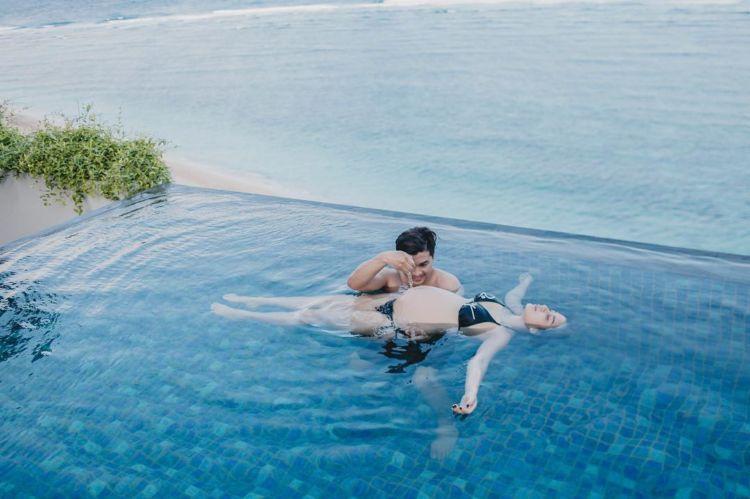 belajar berenang :3