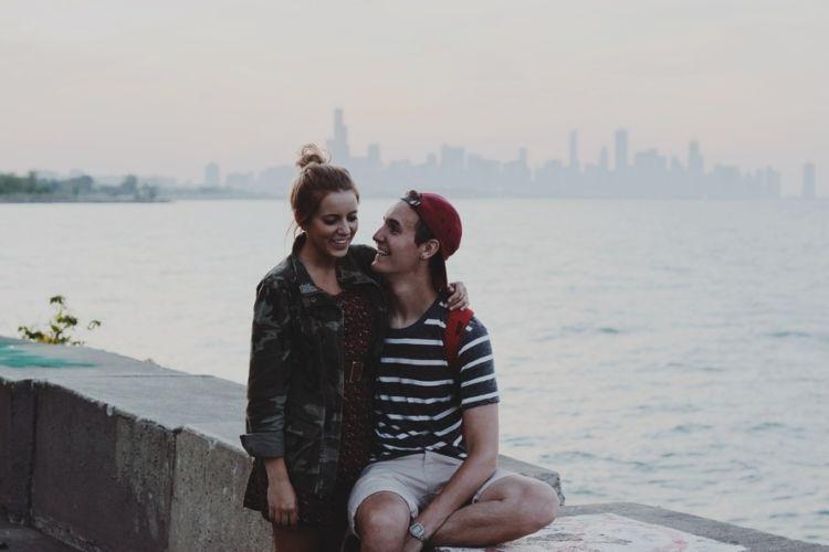 Kalau sejak awal ingin menjadi pasangan sehidup semati harus diawali dengan saling menghargai