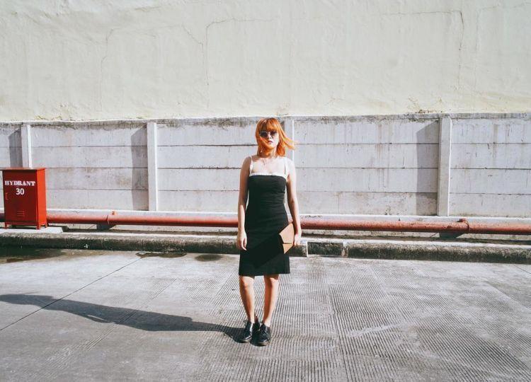 dress hitam :3