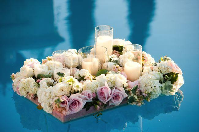 bunga mawar dan lilin